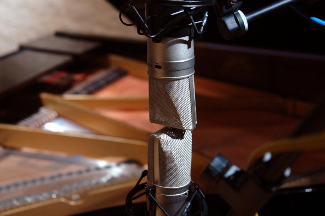 02 micros grabación